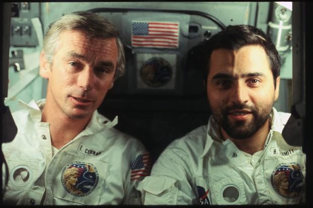selfie astronaut